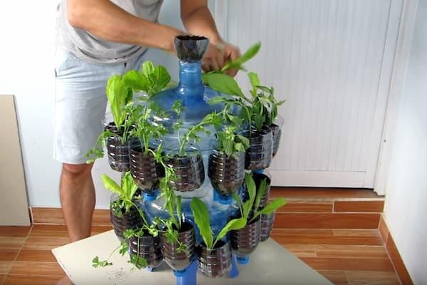 cách làm tháp trồng rau bằng chai nhựa