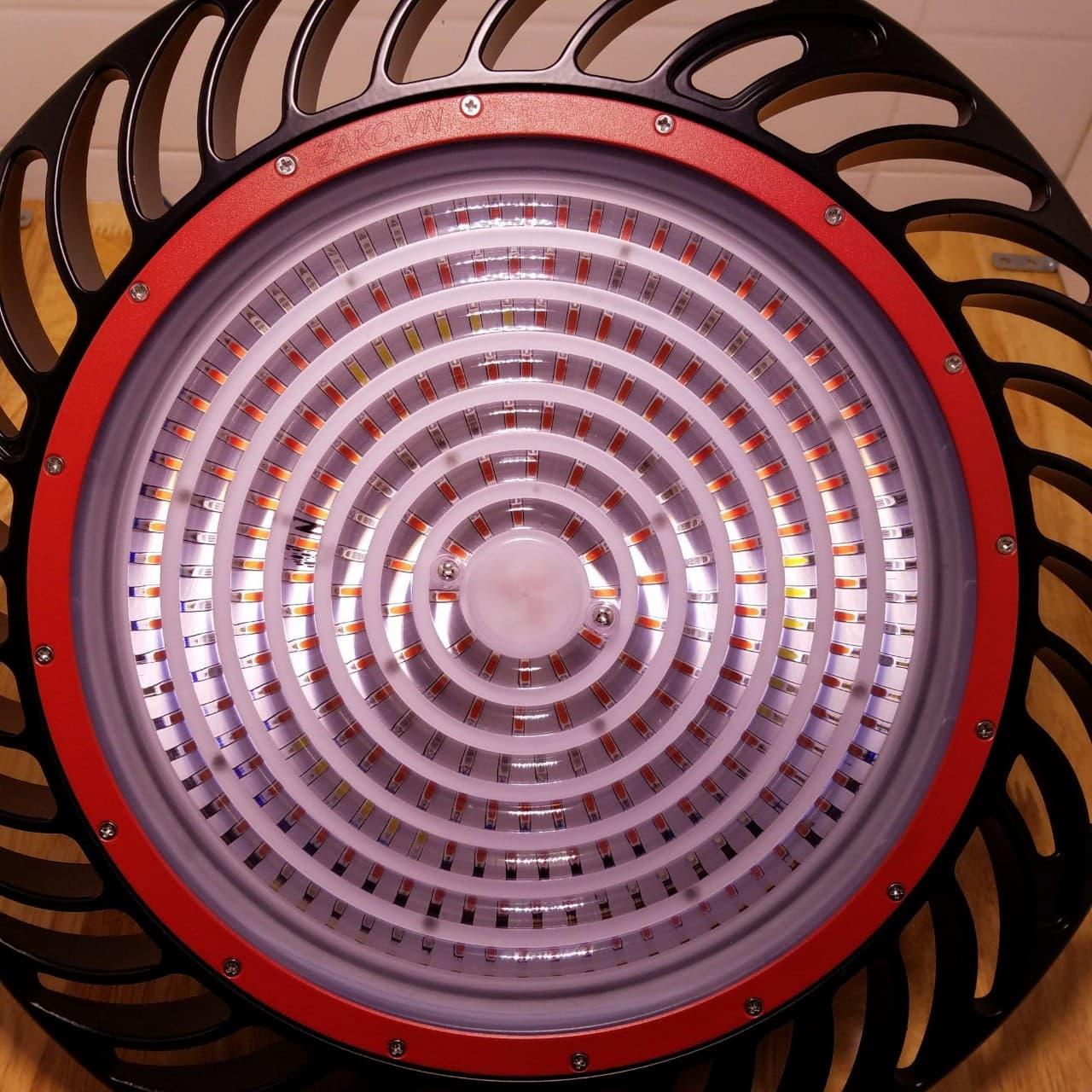Đèn led ufo dùng cho các cây nội thất